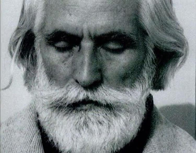 Omraam Mikhael Aivanhov in meditation